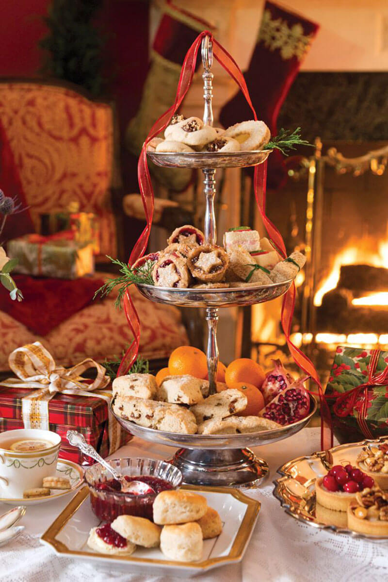 A TRADITIONAL CHRISTMAS AFTERNOON TEA